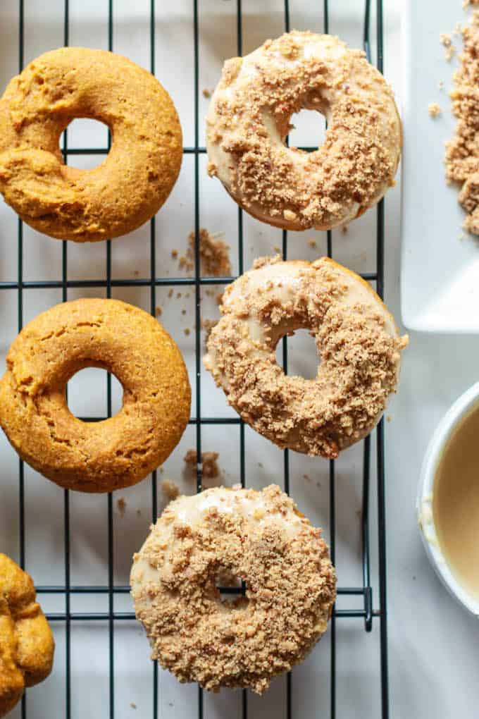 Baked Pumpkin Crumble Donuts | Destination Delish